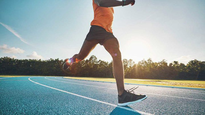 chạy bộ 1km tiêu hao bao nhiêu calo