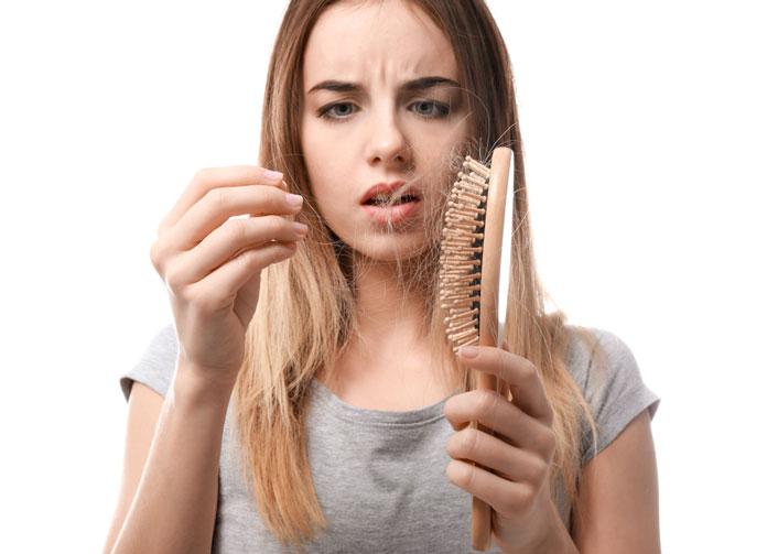 Rụng tóc là triệu chứng thiếu iốt