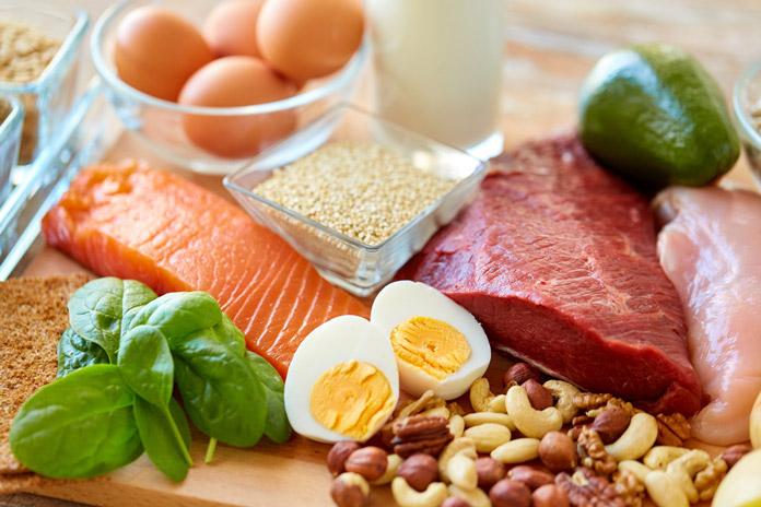 thêm protein vào chế độ ăn để giảm cân tự nhiên